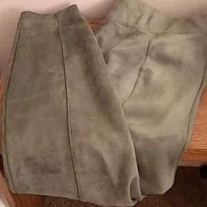Old Navy Stevie faux suede pants 2x